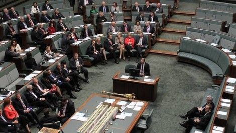 The ALP and Coalition vote together on asylum seeker policy.